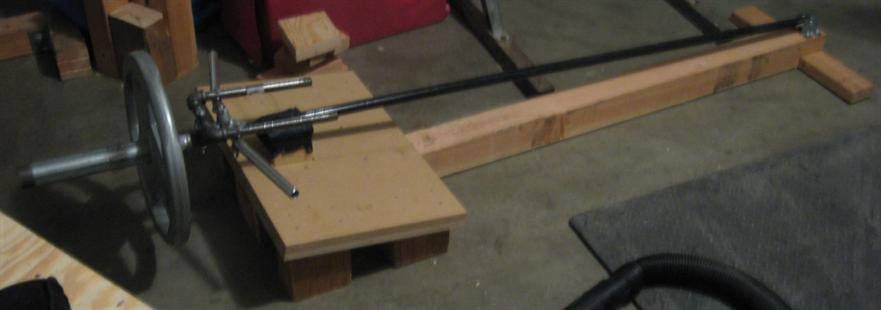 t-bar-rowing machine
