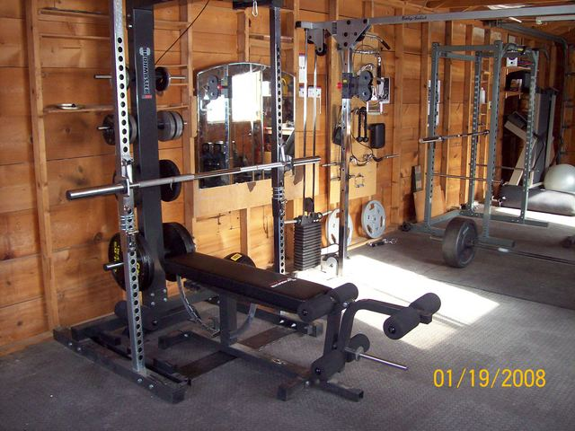 Photos of your home gym - Images of home gyms ...