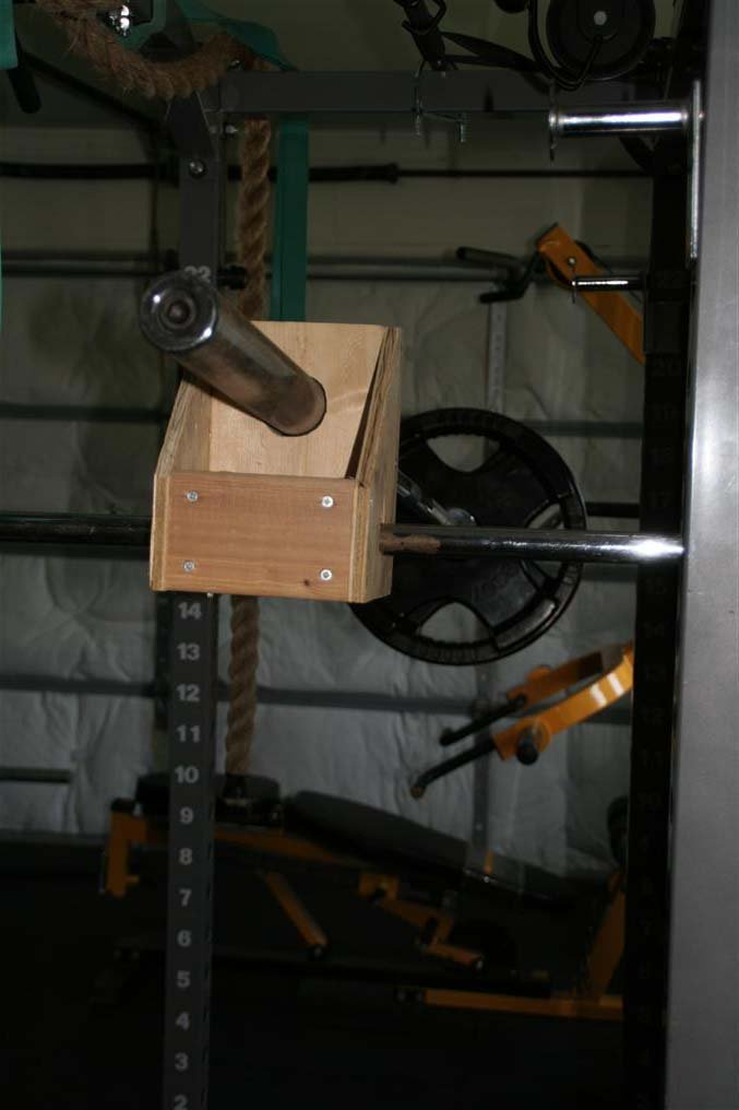 homemade shoulder press machine